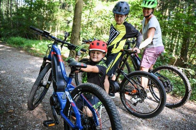 Fahrräder für Kinder, E-Bike