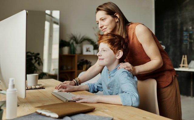 Sicher surfen für Eltern und Kinder, Internet