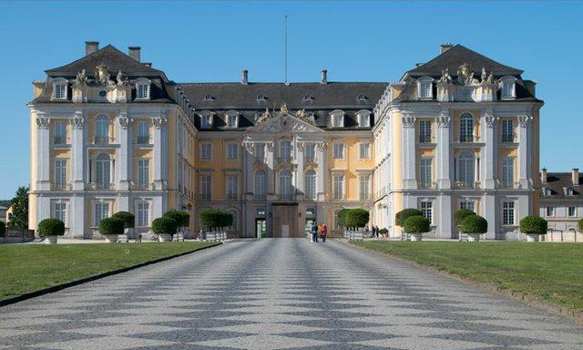 Schloss Augustus, Brühler Schlösser