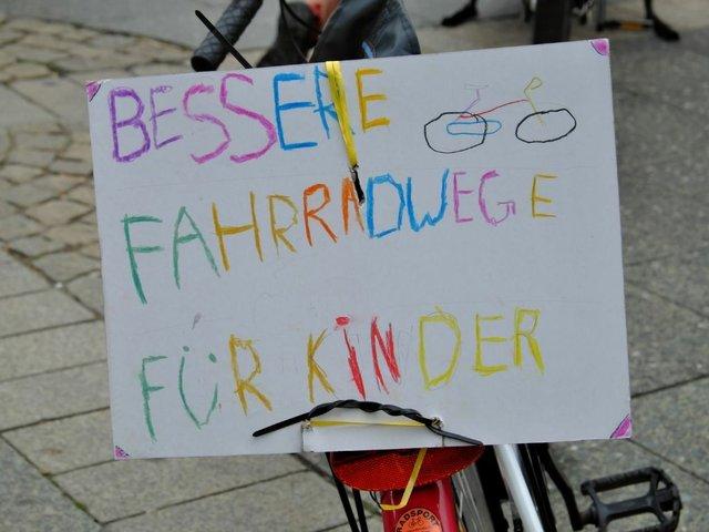 Kidical_Mass_Wiesbaden_2021©Katharina Knacker